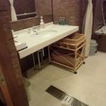 吹の湯旅館、バリアフリールーム洗面台