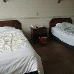 ベッドが2つのタイプ<br /> 車椅子からの移乗にも配慮されたベッドの間隔