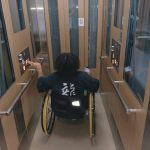 2階改札階からホームまでの車椅子対応エレベーター