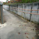 駐車場からのスロープ